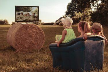 【共働き育児にも使える!】動画配信サイト(Hulu)をオススメする理由